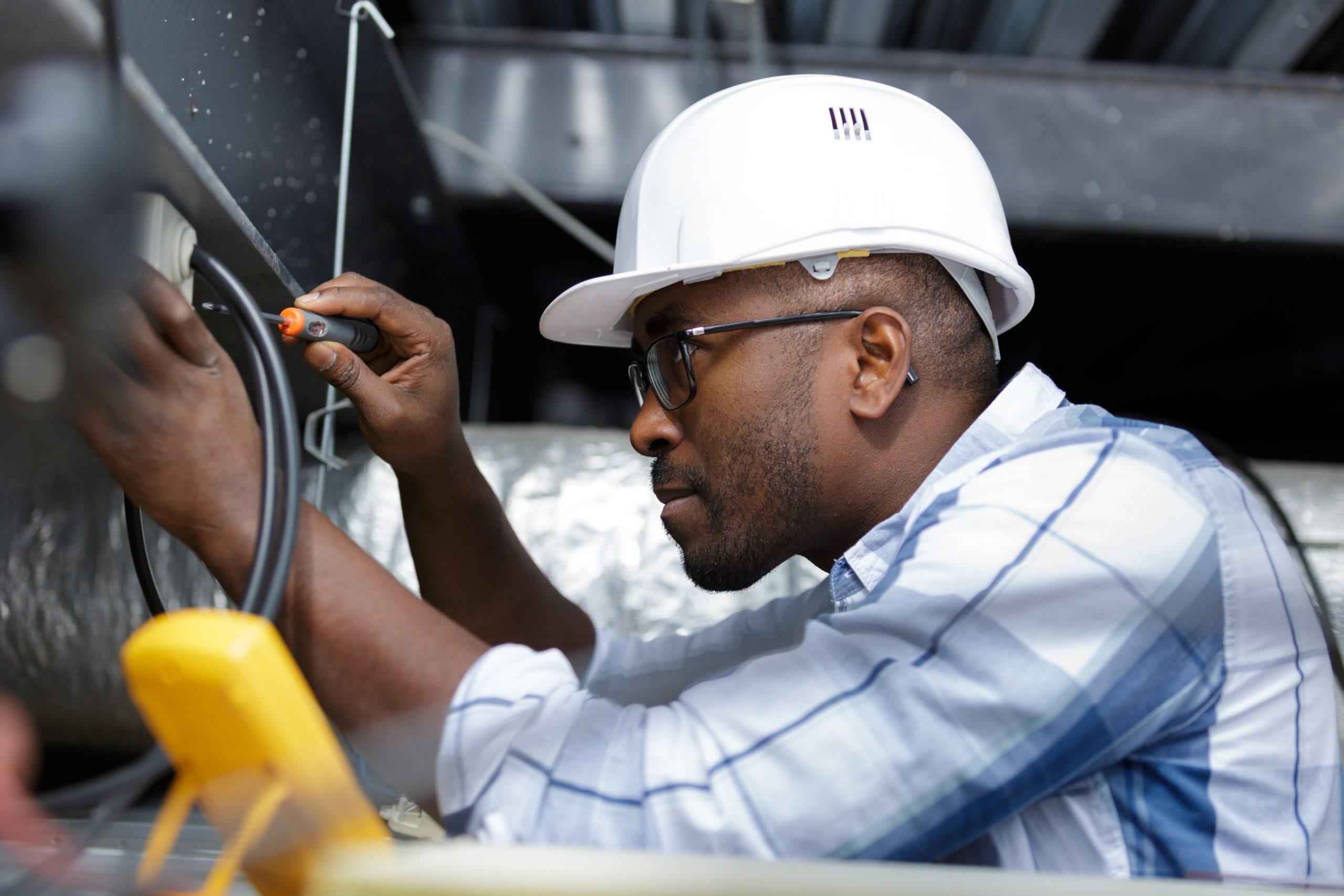 entrepreneurs electriciens montreal services